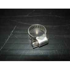 Braçadeira 5/8 para tubo de 8mm