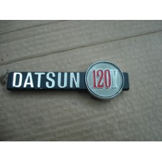 Legenda Datsun 120Y